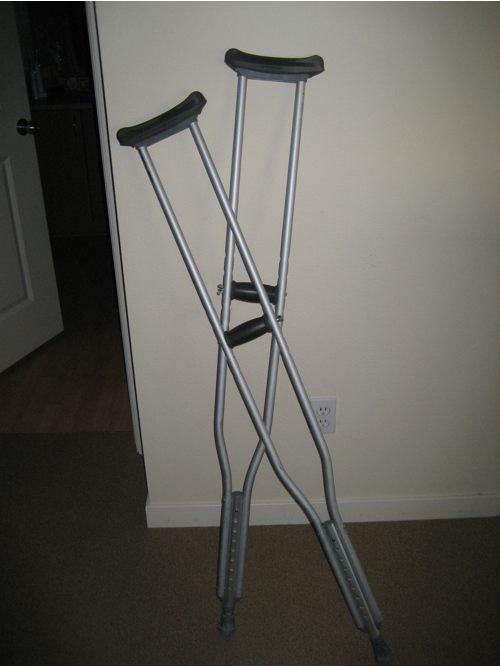 crutch1.jpg